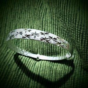 Jewelry - Etched 925 Silver Bangle Bracelet